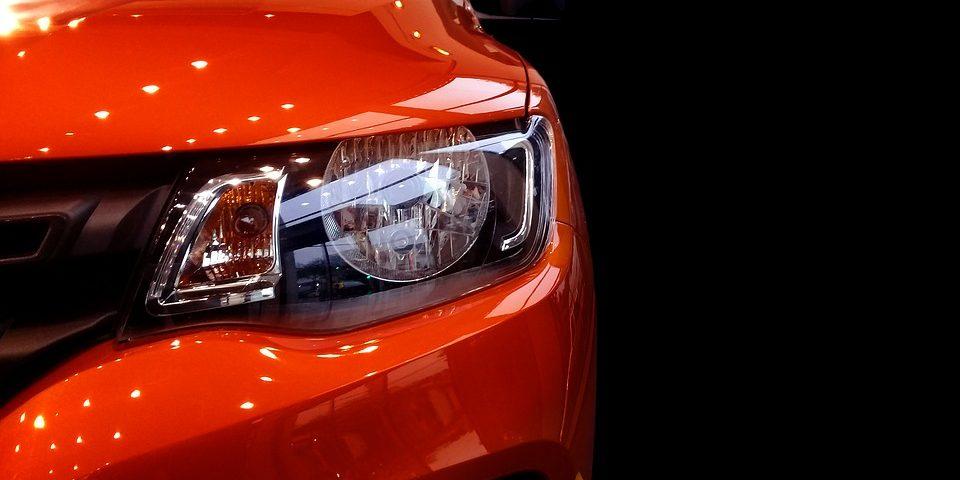 Foto da dianteira de um Renault Kwid Interatividade Corretora de Seguros